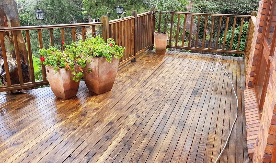 Deck high pressure clean before & after